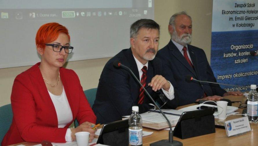 2019.08.21 IX sesja Rady Powiatu w Kołobrzegu