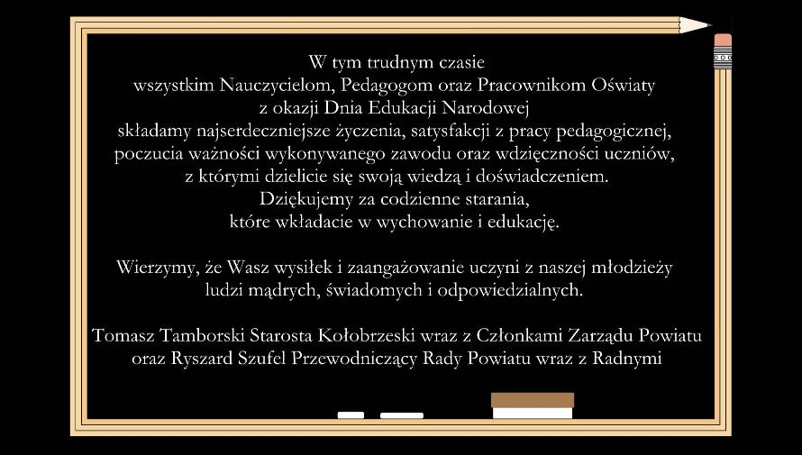 tablica szkolna z napisanymi na niej życzeniami (rgafika)