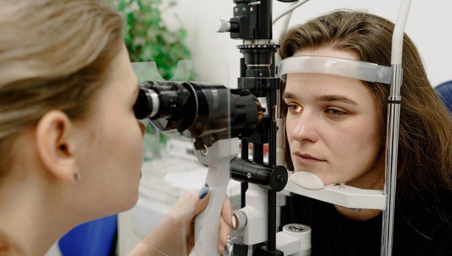 Zdjęcie autorstwa Ksenia Chernaya z Pexels - badanie wzroku